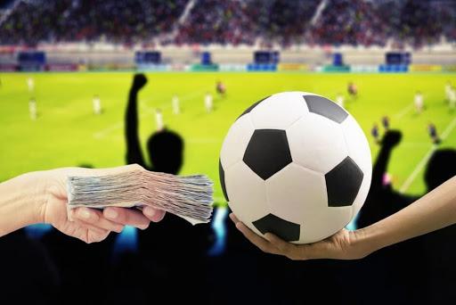 Cara Pemula Bermain Judi Bola Online Biar Untung!